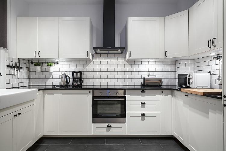 Barcelona Apartment Modern-kitchen