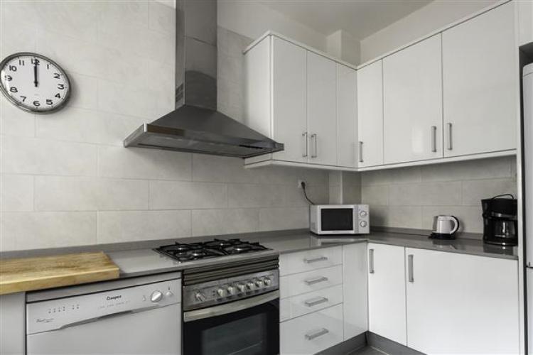 Barcelona Apartment Charming-Kitchen